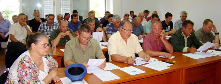 ADAR-skupštinari su u savez primili novu Lovačku udrugu Prepelicu